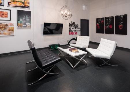 Foodivine Studio Lounge Area